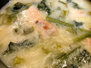 炊飯器ひとつで簡単・本格的「鶏の手羽元で参鶏湯」