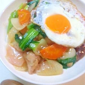 鶏肉と残り物のお野菜で作るチープで美味しい中華飯♪