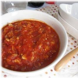 トマト缶で簡単パスタソース♪