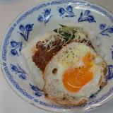 お弁当のハンバーグで☆ロコモコ丼(^^)/