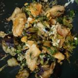 卵とナスと小松菜のカラシ味噌炒め