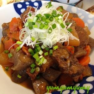 牛すじ肉の煮込みです☆煮込むほどお肉の旨みがUP!