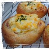 レンジで簡単☆基本のパン生地♪を使ってハム卵パン♪
