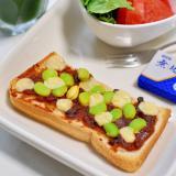 枝豆とプロセスチーズのミートソーストースト