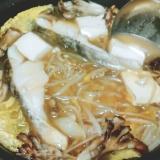 タラともやしの味噌鍋