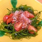 切り昆布を使って、簡単サラダ