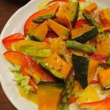 レタスと温野菜のサラダ