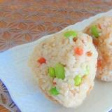 炊飯器にお任せ☆鮭と枝豆の混ぜごはん(レシピ動画)