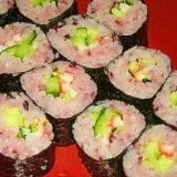 桃色・桜色♪黒米入り寿飯の太めカッパ巻き