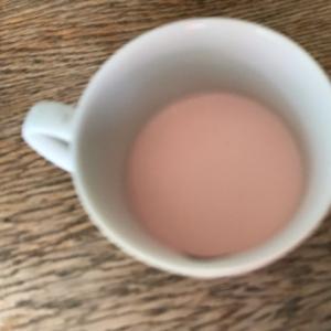 簡単!牛乳消費レシピ☆イチゴはちみつラッシー