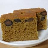 炊飯器で、黒豆入りほうじ茶の蒸しケーキ