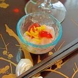 ワインに日本酒に、甘海老とさくらんぼの菊花和え
