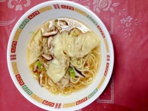 ホッコリ、ワンタン麺