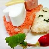 モモコドモダケちゃんのほぐしシャケ寿司