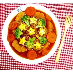 【お手伝いレシピ】野菜たっぷり♪煮込みハンバーグ