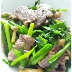 牛肉とニラの炒め物