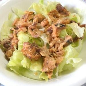 レタスのサバ味噌サラダ