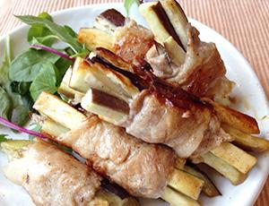 お弁当に!簡単手軽なナスの肉巻き。