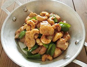 簡単★鶏肉のカシューナッツ炒め★